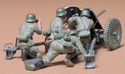 GERMAN 37mm ANTI-TANK GUN PAK 35/36 MED 4 FIGURER. SKALA 1/35