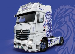 M.B. ACTROS MP4 SHOW TRUCKS. SKALA 1/24