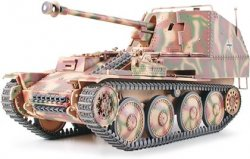 GERMAN TANK DESTROYER MARDER III M. MED 1 FIGUR. SKALA 1/35