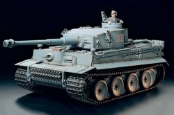RC. GERMAN TIGER I EARLY PRODUCTION-FULL-OPTION KIT. SKALA 1/16 (OBS! 1 EX. KVAR)